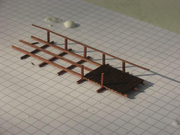 kleine basteleien aus holz herimo. Black Bedroom Furniture Sets. Home Design Ideas